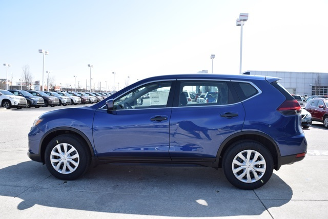 New 2018 nissan rogue s 4d sport utility near indianapolis t18281 new 2018 nissan rogue s 4d sport utility near indianapolis t18281 andy mohr avon nissan fandeluxe Choice Image